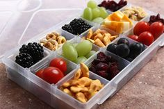 A compartment container filled with fresh, delicious and nutritious finger foods can provide a fun lunch for kids heading back to school. #EasyPin