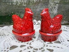 rooster+salt+and+pepper+shakers | Red Rooster Salt and Pepper Shakers - Farmhouse Decor - Serving set