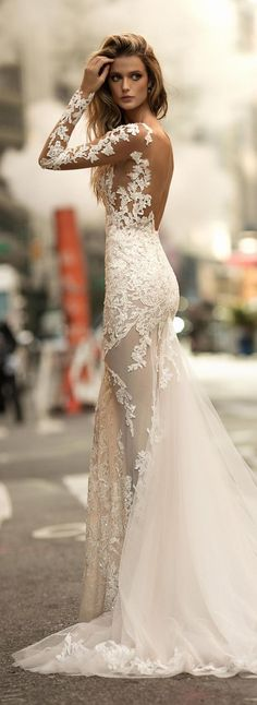 Lace handmade flower mermaid wedding dresses with special long sleeves. Every girl has a mermaid wedding dresses dream, hoping herself could become a true beautiful mermaid in her big day. It is so fantastic if you realize your dream. Wish you have a happy and perfect wedding ceremony and get inspired from the following gallery.
