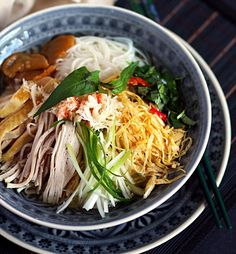 Vietnamese Cuisine, Vietnamese Recipes, Asian Recipes, Ethnic Recipes, Vietnamese Restaurant, Lunch Recipes, Healthy Recipes, Asian Soup, Fat Burning Foods