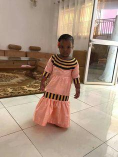 African Fashion Ankara, Latest African Fashion Dresses, African Print Fashion, Africa Fashion, Tribal Fashion, African Wear, African Dresses For Kids, African Children, African Women