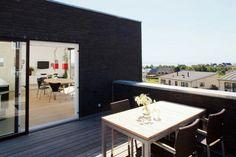 constructeur maison habitation immeuble lotissement velux tuiles carrelages plancher noire bbio. Black Bedroom Furniture Sets. Home Design Ideas