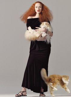 Cats are Back en Vogue - Vogue US August 2008 Karen Elson by Steven Meisel