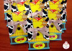 convite toy story Festa Toy Story, Toy Story Buzz Lightyear, Toy Story Birthday, Toy Store, Diy And Crafts, Birthday Parties, Birthdays, Story Ideas, Toys