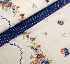 MODRÁ KVIETKOVANÁ BORDÚRA NA BIELEJ Floral Tie, Quilts, Blanket, Retro, Fashion, Scrappy Quilts, Moda, Fashion Styles, Quilt Sets
