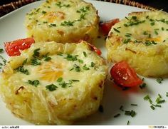 Czech Recipes, Ethnic Recipes, Vegetarian Main Course, Potato Recipes, Baked Potato, Mashed Potatoes, Cauliflower, Food And Drink, Cooking Recipes