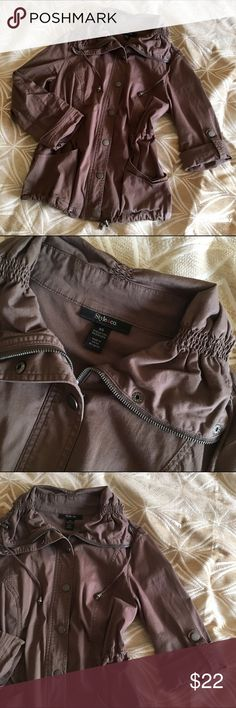 Style&Co utility jacket Brown army/utility coat Windbreaker Button and zipper Barely ever worn Half or full sleeve Fits like a Small Style & Co Jackets & Coats Trench Coats