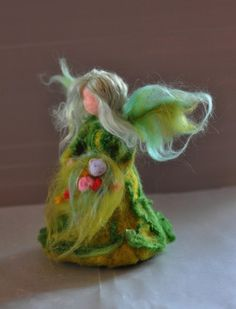 Needle Felted Wool Garden Fairy Waldorf doll by darialvovsky Wool Dolls, Felt Dolls, Rag Dolls, Crochet Dolls, Waldorf Crafts, Waldorf Dolls, Needle Felted Animals, Felt Animals, Wet Felting