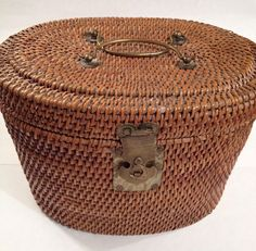 Rattan Basket, No Basket, Wicker, Old Baskets, Vintage Baskets, Eclectic Baskets, Piano Bench, Weaving Art, Arts And Crafts Movement