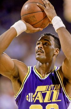 Karl Malone Pro Basketball, Basketball Pictures, Basketball Players, 2013 Nba Finals, College Wrestling, Jazz Players, Karl Malone, Nba Stars, Sports Images