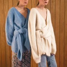 Welcome to the official LOÉIL official online store. Knitwear Fashion, Knit Fashion, Mohair Sweater, Cashmere Sweaters, Poncho Pullover, Angora, Knitting Designs, Pulls, Mantel