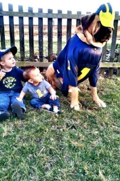 A Michigan pet AND some future Wolverines!