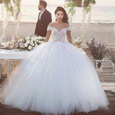 4dddabcc91d robe de mariée princesse buste en dentelle en vente à partir de 320€ en  commande