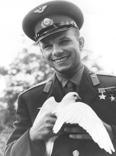 Yuri Gagarin, 1961 #science #space #cosmonaut