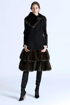 RR331 Fall 2016 Ready-to-Wear Fashion Show - with faux fur of course