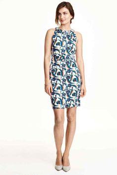 Figure-fit dress | H&M