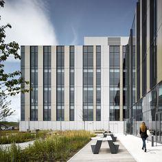 Aker Solutions, Aberdeen International Business Park. Architecture by Keppie Design. Image © David Cadzow