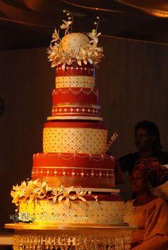 Traditional african cake Traditional Wedding Cake, Traditional Cakes, African Wedding Cakes, African Cake, Nigerian Weddings, African Weddings, Luxury Cake, Exotic Wedding, Classic Cake