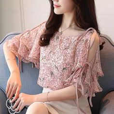 Floral Print Chiffon Shirt Women Off Shoulder Boat Neck Ruffle Sleeve Blouse Top Mode Ulzzang, Moda Floral, Chiffon Shirt, Print Chiffon, Sleeves Designs For Dresses, Crop Top Shirts, Sleeveless Crop Top, Blouse Designs, Blouses For Women