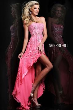 Sherri Hill 8503 is stunning with embellished beads and sequin. Sherri Hill 8503 is goregous with its subtle sweetheart neckline and hi-lo skirt.