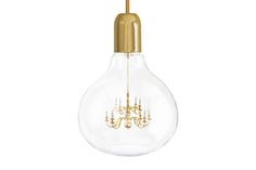 The King Edison pendant lamp combines the pure simplicity of an Edison light bulb with the romance and glamour of a Kings chandelier.