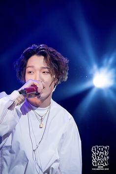 Ikon Kpop, Kim Ji Won, Boys With Curly Hair, Hanbin, Fujoshi, Yg Entertainment, No One Loves Me, Bobby, Boy Groups