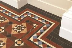 Victorian Floor Tiles - the Hatfield pattern with modified Bronte border incorporating Gordon tiles. Hall Tiles, Tiled Hallway, Victorian Porch, Victorian Tiles, Hallway Decorating, Interior Decorating, Decorating Ideas, Interior Design, Hall Flooring