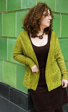 Zora cardigan - Knitty: Winter 2009