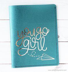 DIY Leather Passport Covers with Cricut – Leather Style Leather Book Covers, Leather Books, Bookbinding Tutorial, Travel Crafts, Handmade Headbands, Handmade Journals, Passport Cover, Handmade Rugs, Handmade Crafts