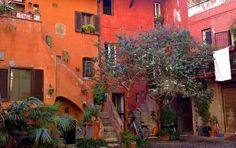 Here is a charming corner for you, nearby Campo de' Fiori, Roma