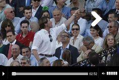 SEVILLA El Cordobés y Padilla, ninguneados Las manías del Presidente  El presidente negó una oreja a El Cordobés, que dio una vuelta al ruedo clamorosa y a Padilla, que firmó una templadísima actuación. El Fandi, catedrático de banderillas - Mundotoro.com #toreros #toros #video #Sevilla #Presidente