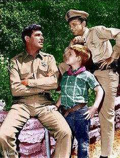 Sherriff Andy Taylor with Opie and Barnie. Nuthin' like a little Mayberry action!
