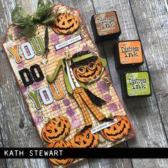 Halloween Tags, Fall Halloween, Halloween Crafts, Halloween Decorations, Halloween Ideas, Tim Holtz Dies, Sizzix Dies, Monster Cards, Block Craft