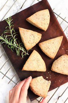 Gluten free Lemon & Rosemary Buckwheat Scones recipe // Lemon & Rosemary Scones before bed? A perfect last-night snack. Less sugar means better sleep.
