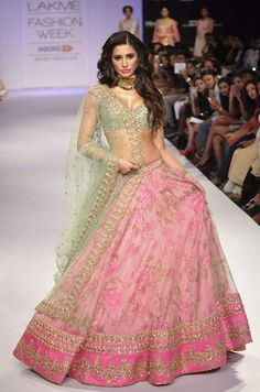 #Beautiful Both: @NargisFakhri in Anushree Reddy https://www.facebook.com/pages/Anushree-Reddy/1419054871703391 2014-15 #Lehenga @ LFW