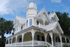 1893 home in Mt. Dora, Florida built by John P. Donnelly.   SSeabrook Victorian House, Old Houses, Beautiful Homes, Florida, Vacation, Mansions, Contemporary, Future, Architecture