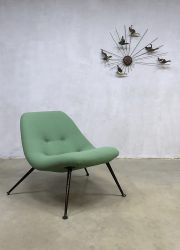 Midcentury Dutch vintage design lounge chair fauteuil Theo Ruth Artifort