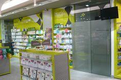 #Farmacia Juana Lorenzo. Detalle de interior nº4. Atención farmacéutica