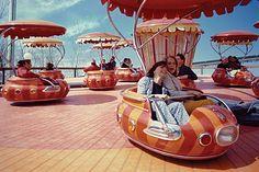 Expo 67, Museum Curator, World's Fair, Illustrations, Canada Travel, Historian, Historical Photos, Culture, Amusement Parks