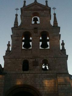 Amanece en la ciudad de Burgos