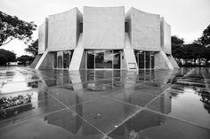 Clássicos da Arquitetura: Planetário de Brasília / Sérgio Bernardes