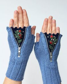 Hand Knitted Fingerless Gloves, Gloves & Mittens, Gift Ideas, For Her, Winter Accessories,Blue, Flowers, Elegant, Roses, Stumpwork Embroidery,