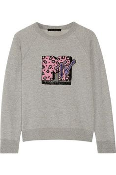 Partnering with MTV, Marc Jacobs creates a limited-edition capsule for Resort '17. This sweatshirt is cut from soft cotton-terry and is embellished with a sequined leopard-print appliqué - a take on the music channel's iconic logo. Try yours with a pair of tapered pants and pumps.