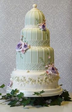Birdcage cake | Love elements of this cake as well, top two tiers sans flowers, different shade