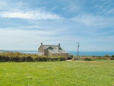 Downhouse Cottage in Cornwall