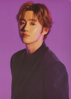 Suho - 190120 'Love Shot' merchandiseCredit: luvfor_m. Suho Exo, Exo Ot12, Kpop Exo, K Pop, Beautiful Boys, Pretty Boys, Kai, Kim Joon Myeon, Portrait