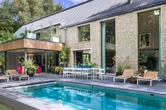 Kate Moss designs country house in the Cotswolds