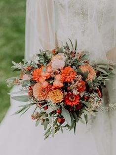 21 Essentials for a High-Style Backyard Wedding Wedding Season, Fall Wedding, Dream Wedding, Wedding Ideas, Wedding Photos, Garden Wedding, Wedding Stuff, Wedding Bouquets, Wedding Flowers