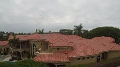 We hate to see houses in Bonita Springs that are missing roofs. That's why our roofs are hurricane-ready. http://bit.ly/2aSEY1h