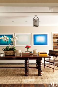 Anish Kapoor prints are displayed in the home's dining room.
